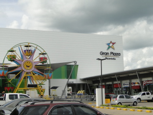 C. C. Gran Plaza Alcaraván.