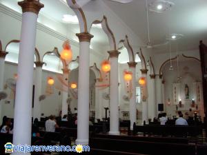 Interior Iglesia de Aracataca.