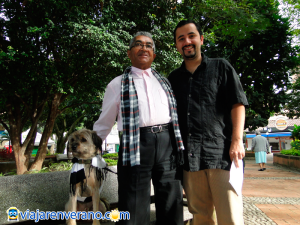 Artista, Abuelo y perro.