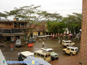 Plaza Principal de Maceo.
