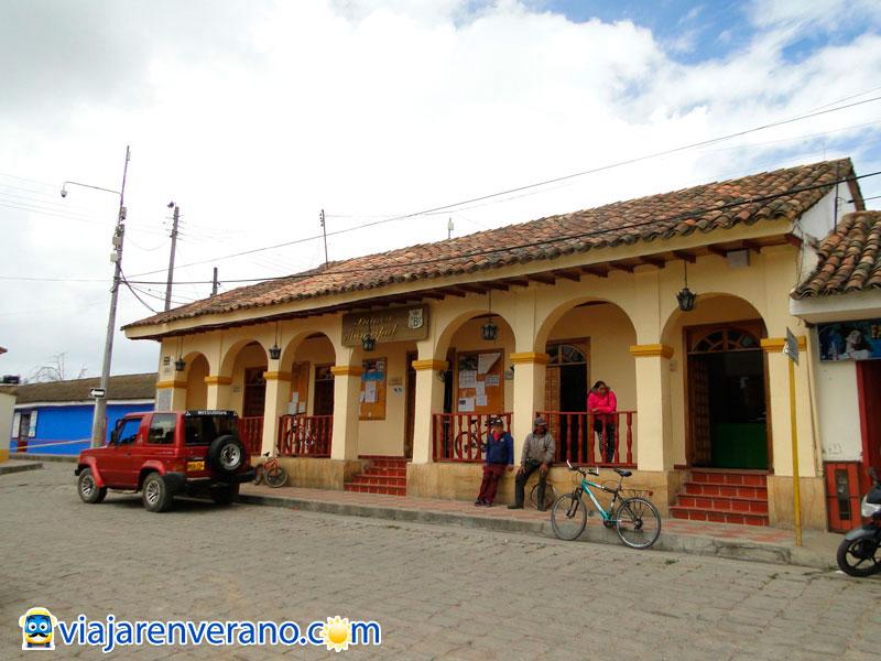 Bojac cundinamarca es llamado con raz n 39 la roma chiquita 39 for Medina motors pueblo co