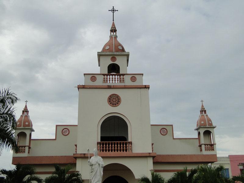 Iglesia de Achí.