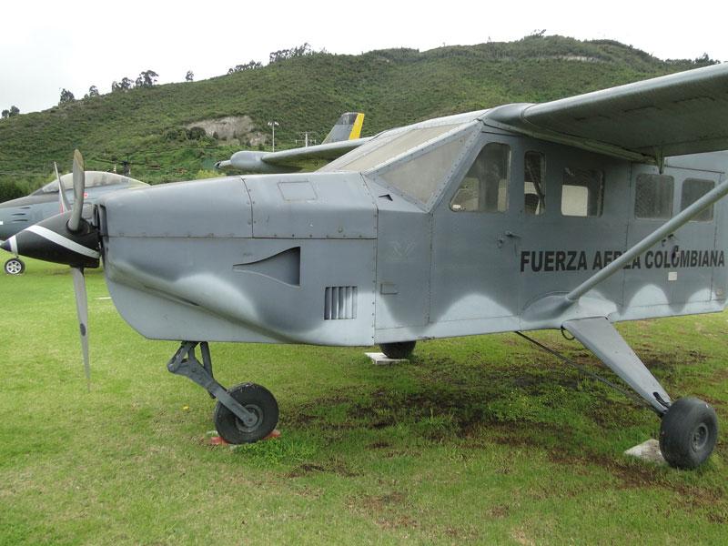 Primer avión colombiano.