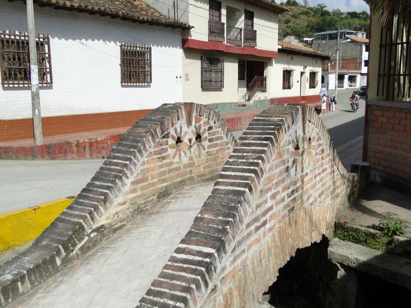 Puente pequeño.