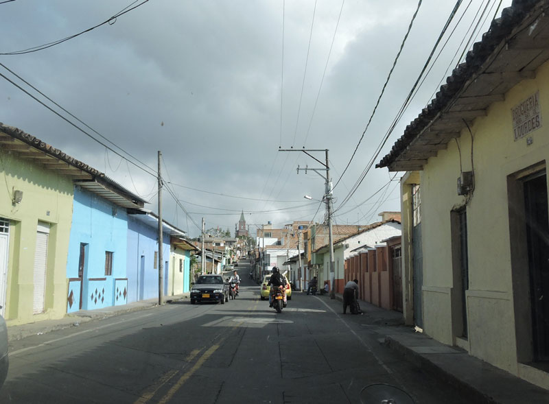 Calle central.